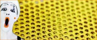Micro-perforé doré